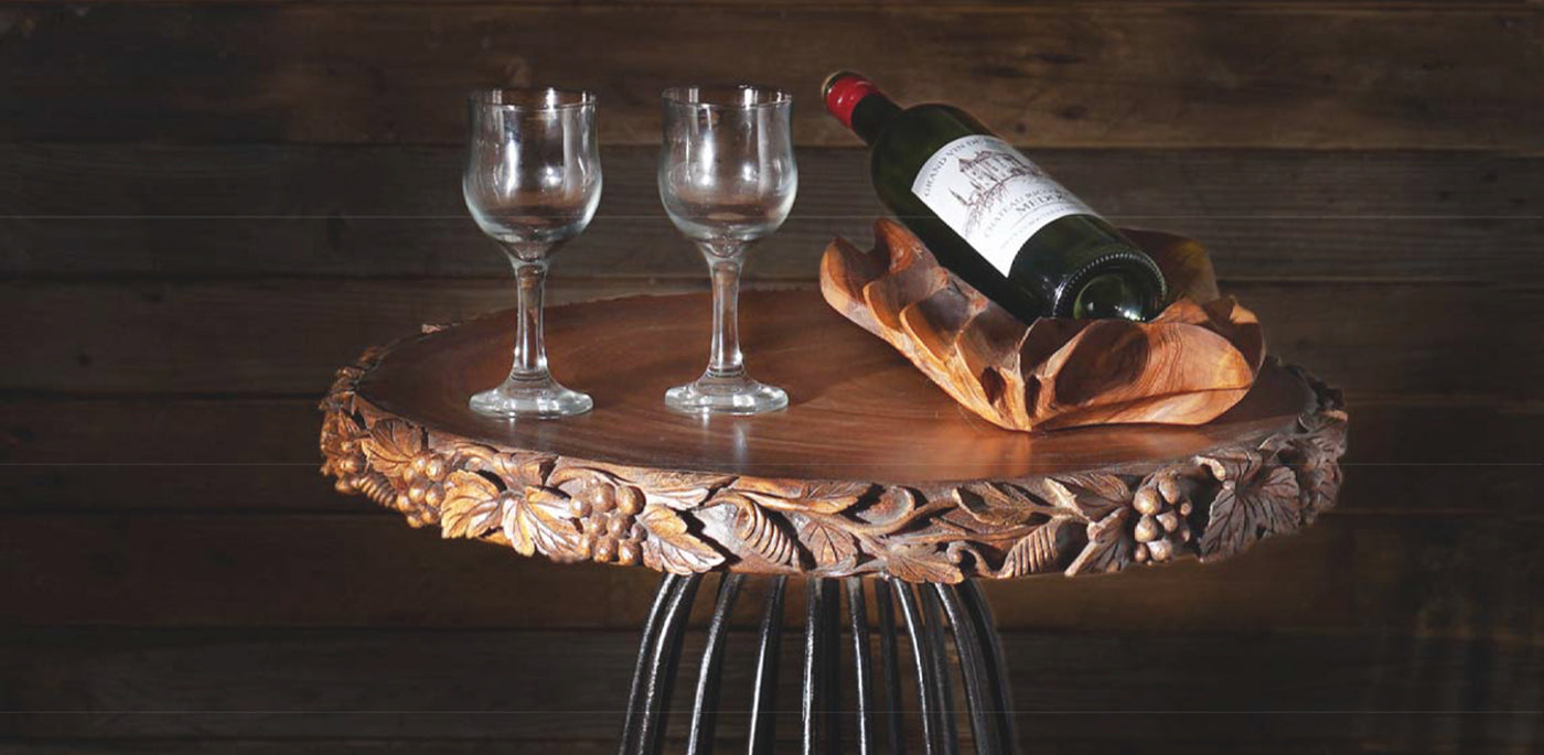 rico plato usa wine and cheese on teak wood table