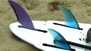 A surfboard fin can is an angle that it makes in a relationship with the surfboard bottom