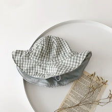Load image into Gallery viewer, Baby's Reversible Plaid Hat