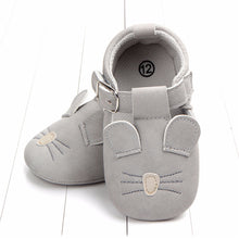 Load image into Gallery viewer, 0-18 Months Baby's Animal Sandals