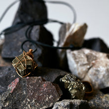 Load image into Gallery viewer, Bondage Pendant Pyrite / Gold Square