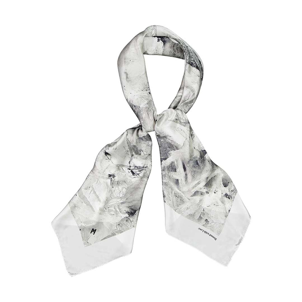 BARYTE SQUARE SCARF