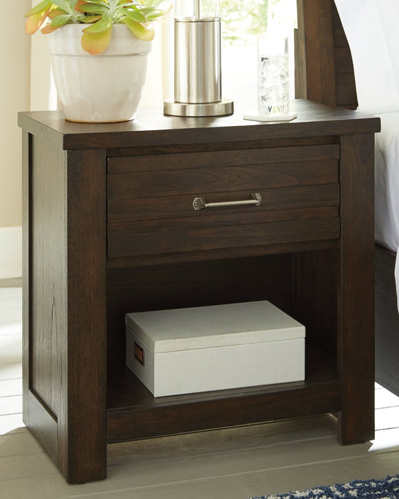 Darbry Signature Design by Ashley Nightstand image