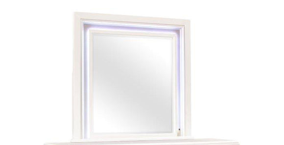 Global Furniture Sofia Mirror in White SOFIA WHITE-M W/ LED image