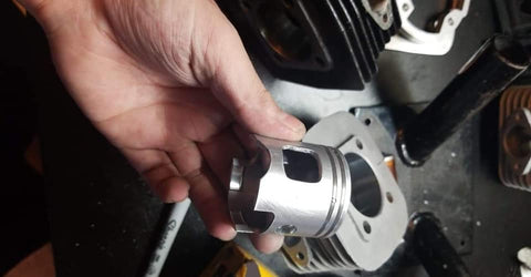 Custom Cut Window Racing Pistons (high pin/low pin)