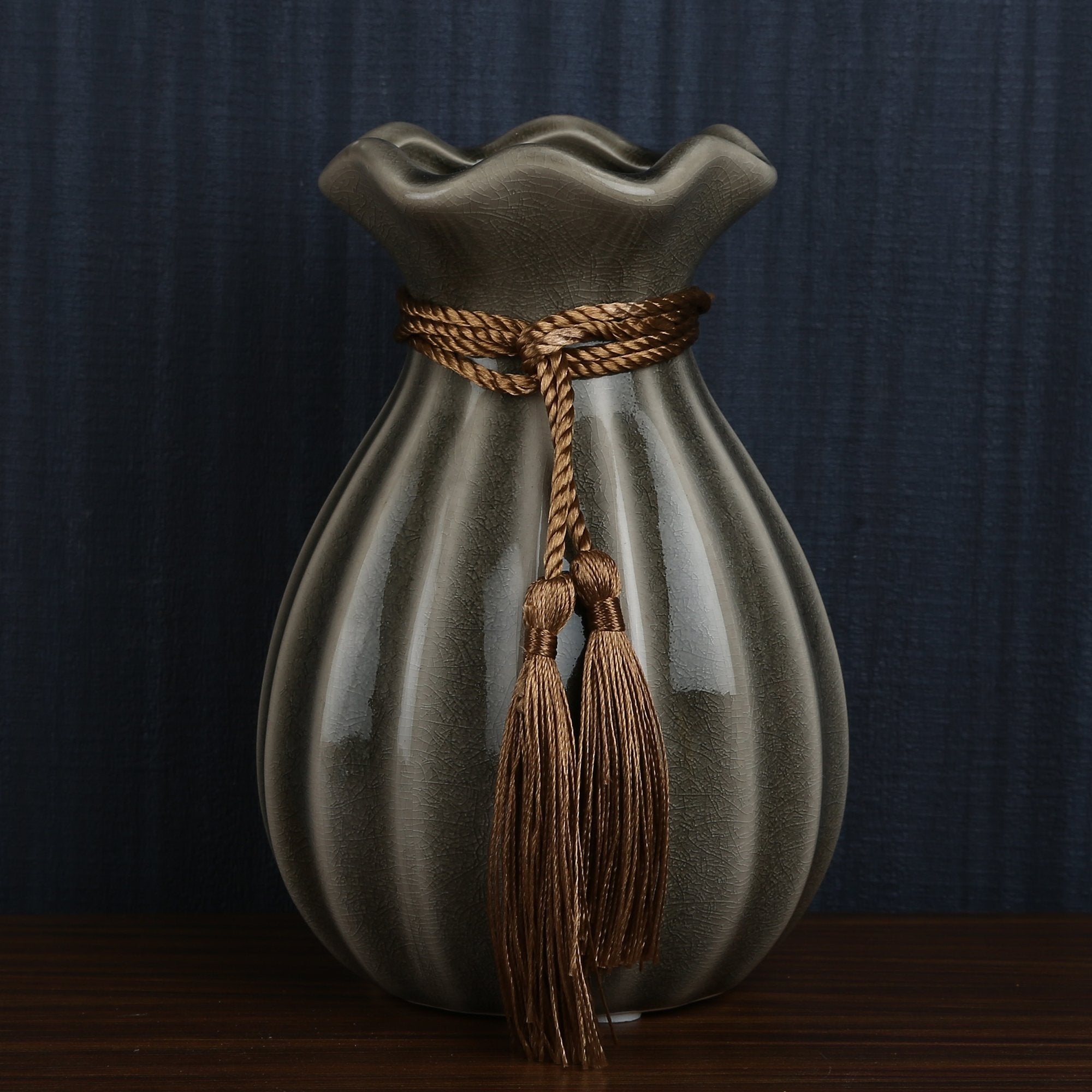 The Gold Thread Vase