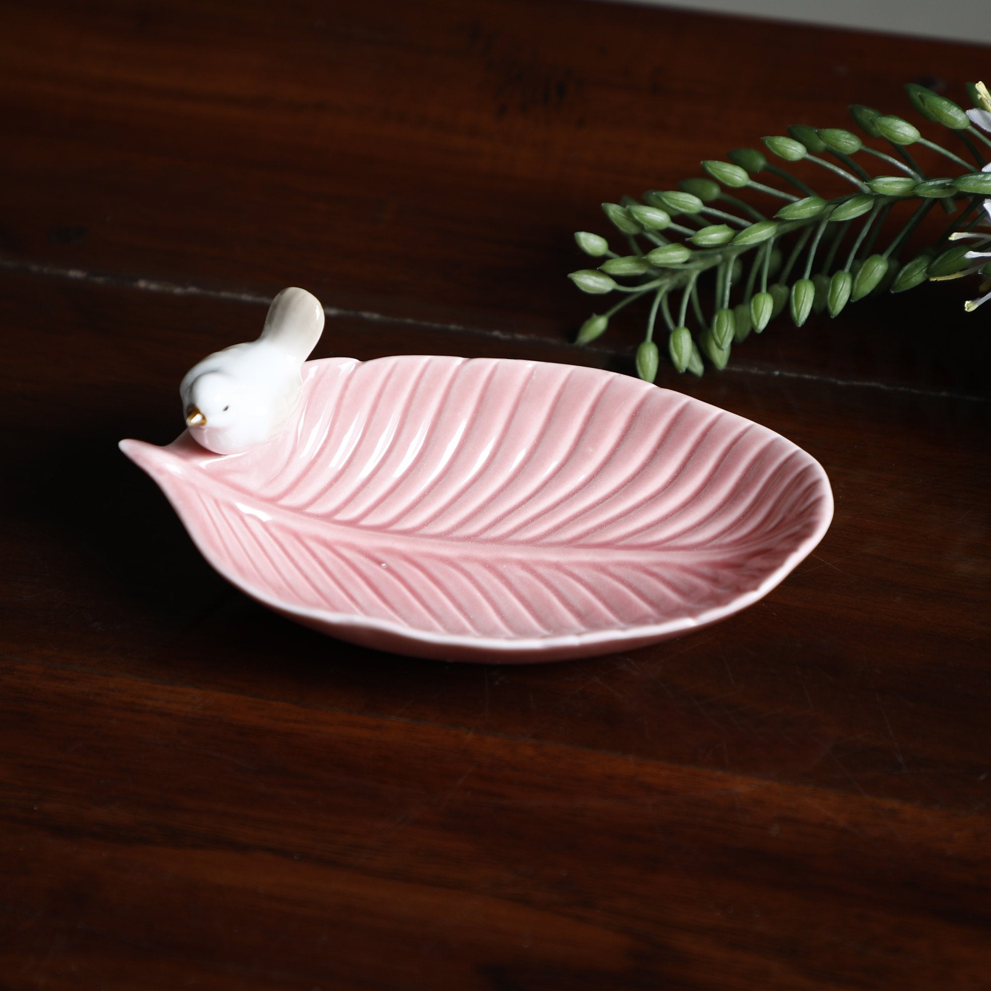 Dry Fruit Plate With 1 Birds Light Pink