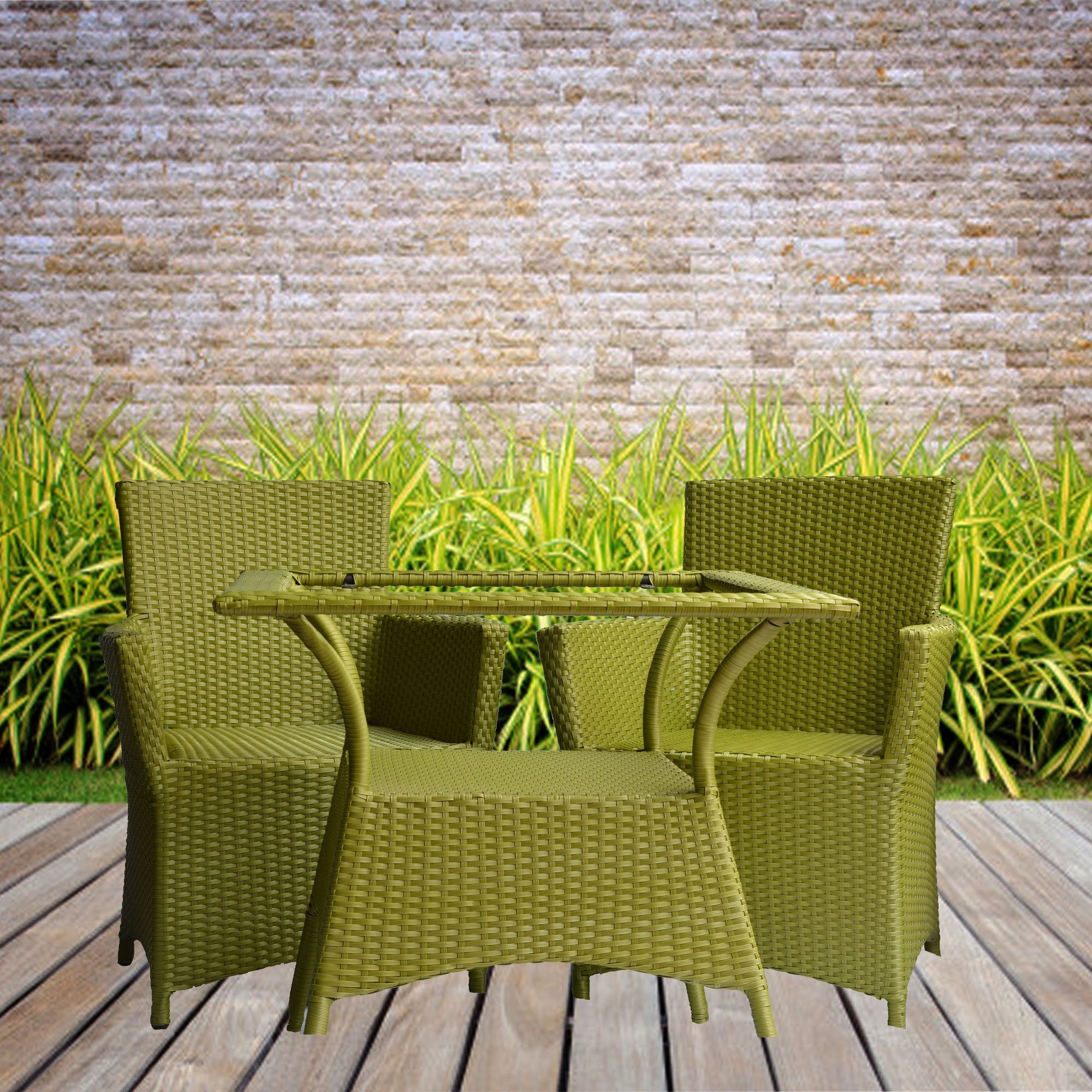 Outdoor Furniture for Evergreen look