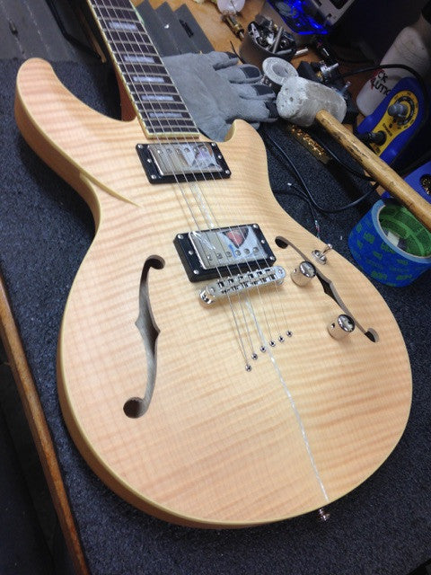Monarch Limited Edition Semi-Hollow by Diamond Guitars