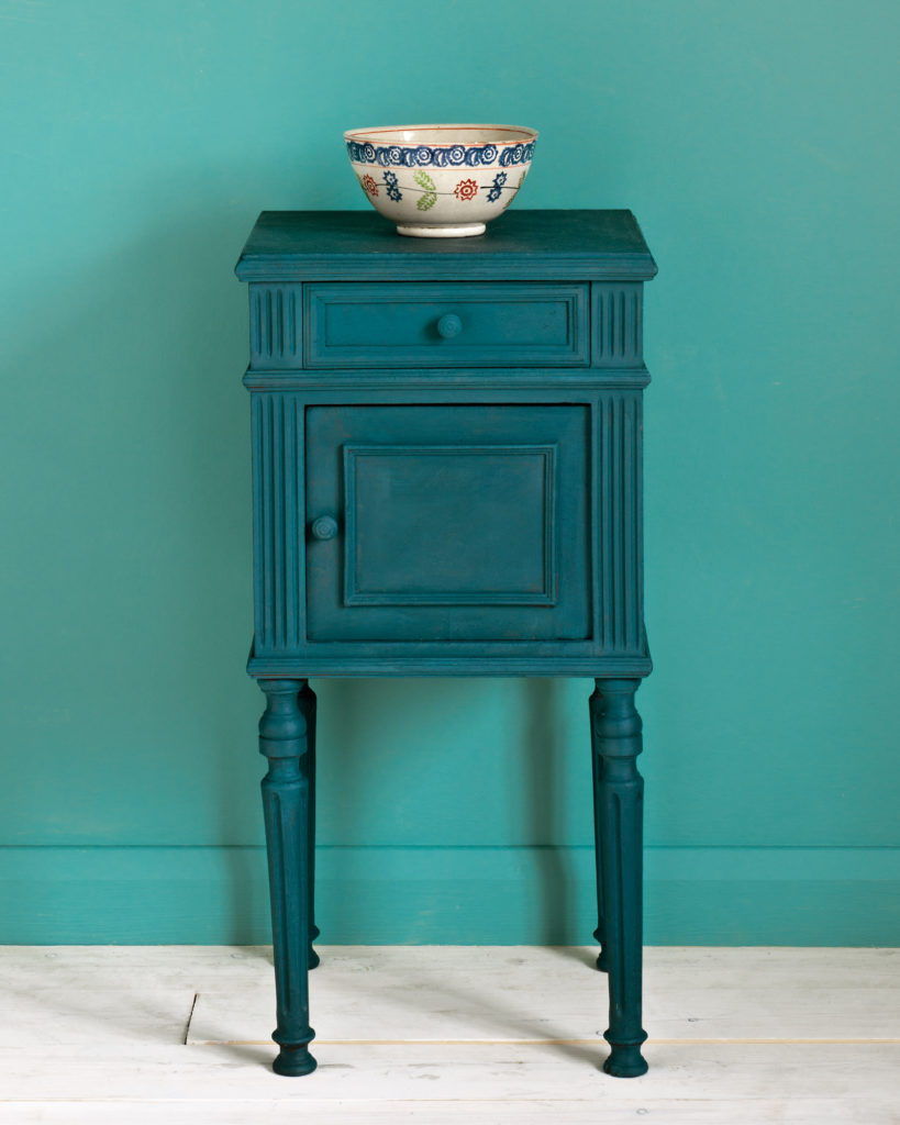 Annie Sloan Chalk Paint - Aubusson Blue - FrenchWillow