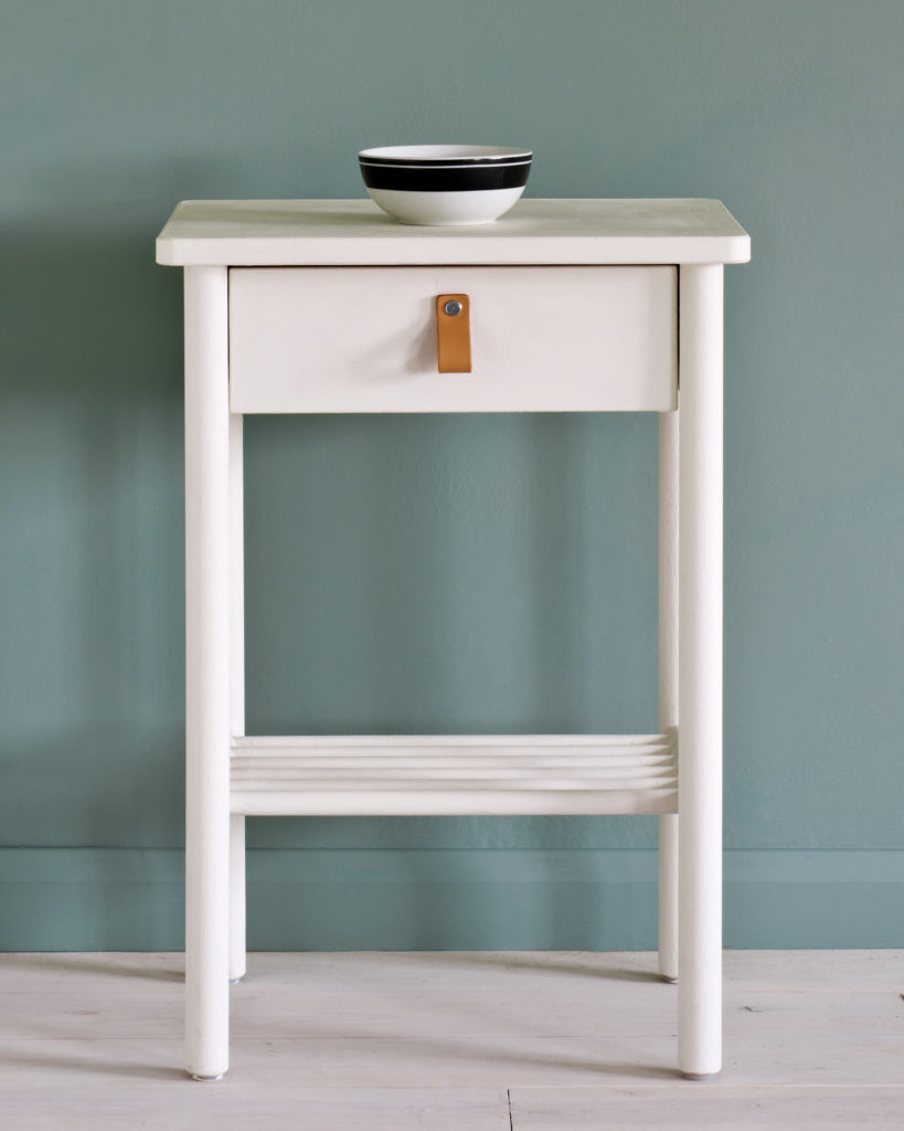 Chalk Paint Old White - FrenchWillow