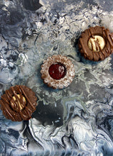 Load image into Gallery viewer, Chocolate Linzer