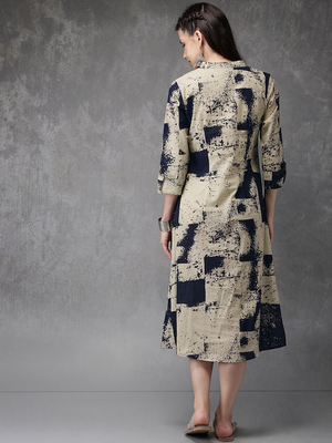 Women Beige & Navy Blue Printed Straight Kurta