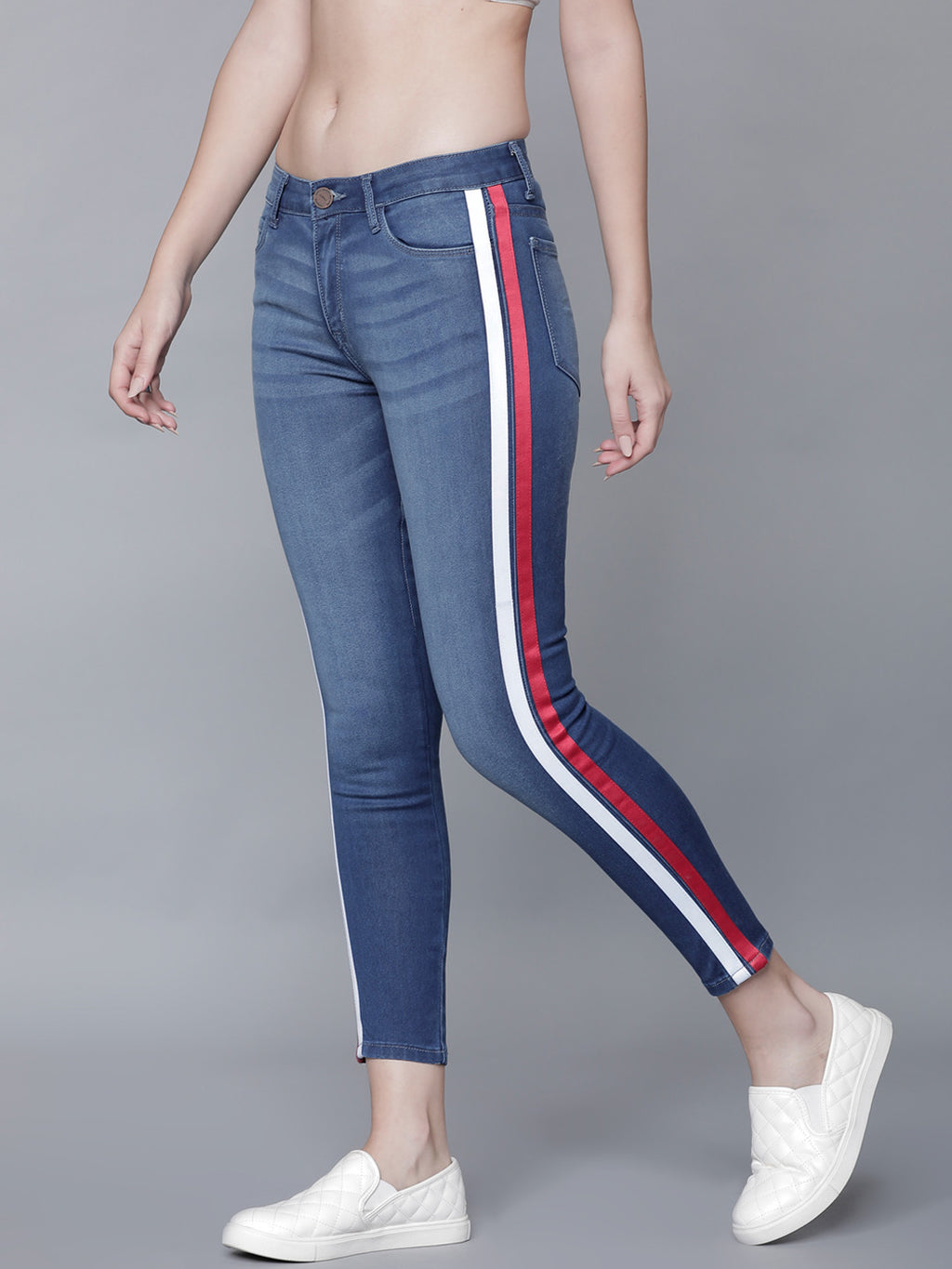 Women Blue Super Skinny Fit Mid-Rise Clean Look Stretchable Cropped Jeans