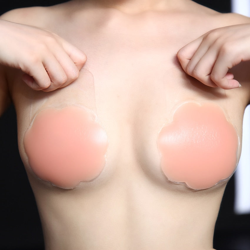 MilkySkinForever 1 Pair Cool Reusable Self Adhesive Silicone Lift Up Breast Nipple Cover Bra Pad Invisible Breast Petals for Party Dress