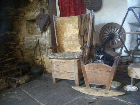 The volunteer at the museum suggested a give Harry Flett a call as he knew  most about this, but as I drove off from the museum I saw some straw in  stooks ... - Inspiration For Work On Resourcefulness - Article On The Orkney