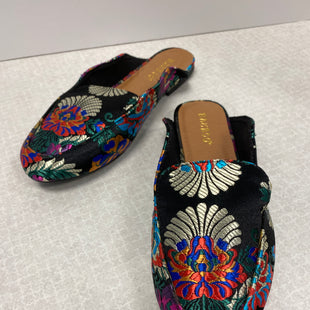 Primary Photo - BRAND: BAMBOO STYLE: SHOES FLATS COLOR: MULTI SIZE: 6.5 SKU: 305-30512-26920