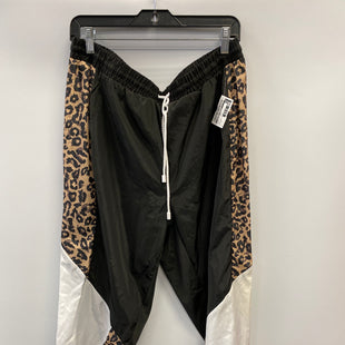 Primary Photo - BRAND:    CLOTHES MENTOR STYLE: ATHLETIC PANTS COLOR: BLACK SIZE: 1X OTHER INFO: NEW LOOK - ANIMAL PRINT SKU: 305-30512-27329