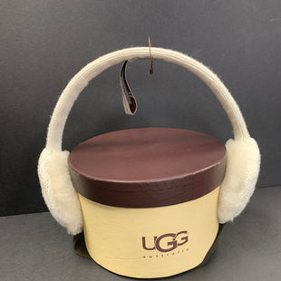 Primary Photo - BRAND: UGG STYLE: HAT COLOR: WHITE OTHER INFO: EARMUFF SKU: 305-30511-18240