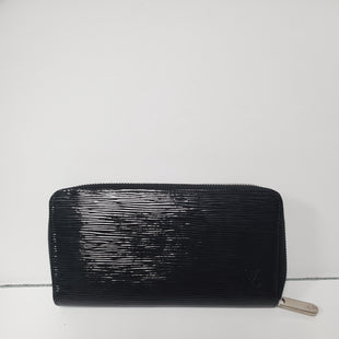 Primary Photo - BRAND: LOUIS VUITTON STYLE: WALLET COLOR: BLACK SIZE: MEDIUM OTHER INFO: ZIPPY SKU: 305-30511-18497*R
