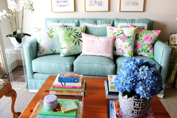5 Essentials for a Happier Living Room