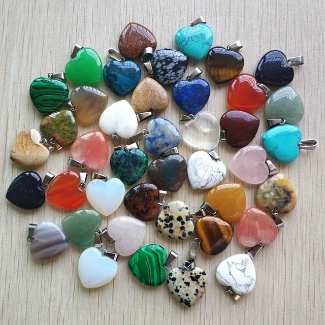 Wholesale 50pcs/lot 2018 Assorted heart natural stone charms pendants for jewelry making Good Quality 20mm free shipping