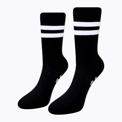 ALL GOOD THINGS BLACK & WHITE MOTTOLU BEYAZ ÇİZGİLİ SİYAH ÇORAP - Socks Academy