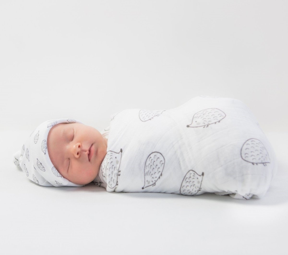 Newborn Sleep Sacks and Newborn Cocoon Wrap | ZERO TO THREE CLUB