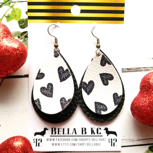 FAUX Valentine Black and White Hearts Double