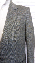 Load image into Gallery viewer, Herringbone Wool Blazer
