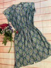Load image into Gallery viewer, Sweetheart Neck Vintage Dress size 12