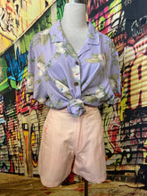 Load image into Gallery viewer, Mauve Tropical Shirt