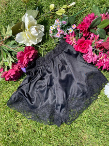 Vintage Lace French Knickers size 8-10