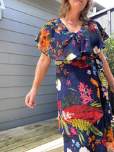 Load image into Gallery viewer, Camomilla Floral Dress