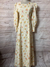 Load image into Gallery viewer, 70s Cream Floral Maxi