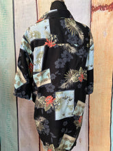 Load image into Gallery viewer, Tropical Paradise Shirt size Medium