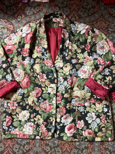 Load image into Gallery viewer, Promise me roses blazer