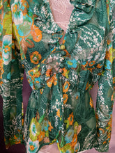 Load image into Gallery viewer, Garden 70s Blouse