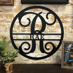 Personalized Circle Vine Family Name & Initial Metal Sign