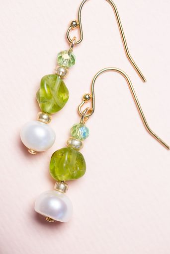 Quartz Stone & Pearl Earrings - Green