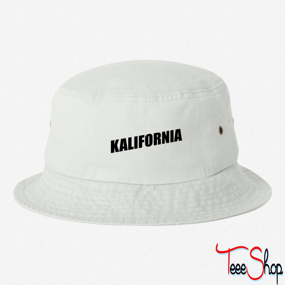 KALIFORNIA EMBROIDERED BUCKET HAT