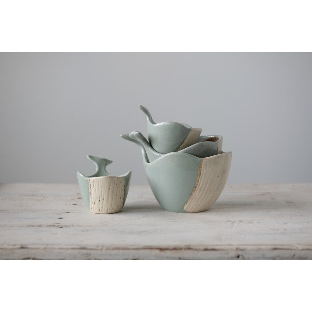 Whale Stoneware Measuring Cup Set