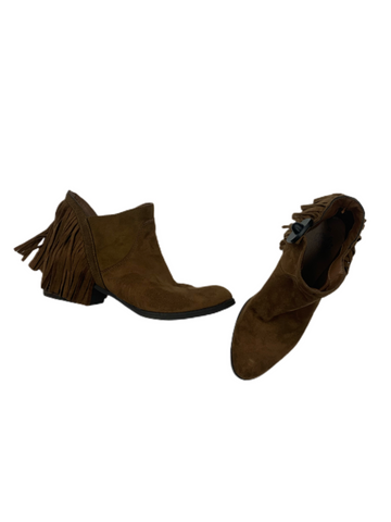 Boots Womens 10
