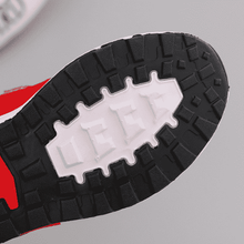 Load image into Gallery viewer, Breathable non slip Kids Sneakers