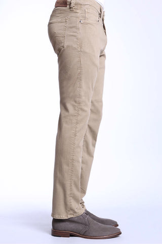 Courage Straight-Leg Jeans Clay Cashmere Twill