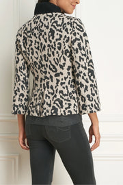Soft Jacket with Three-Quarter Flared Sleeves Leopard Print
