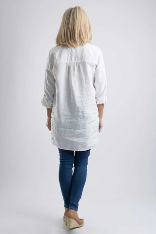 Long-Sleeved Linen Long Shirt with Eyelets in White