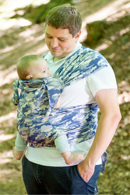 WRAP-TAI CARRIER MINI WITH HOOD/ JACQUARD TWILL / 100% COTTON / BLUE CAMO - The Birth Shop