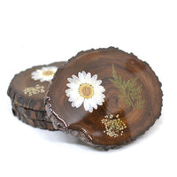 A Timeless Flourish Dried Flower Coaster