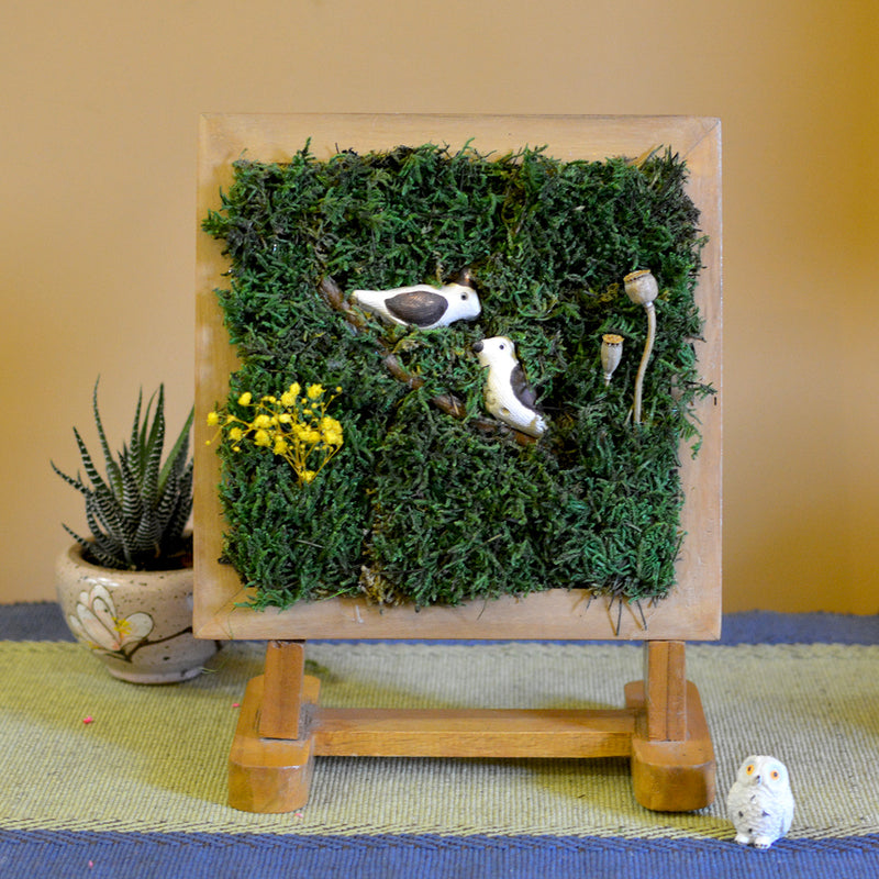 Clandestine Perch Tabletop Moss Frame with Stand